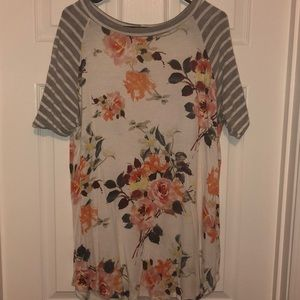 First Look floral Top